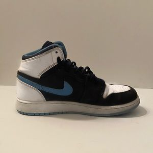 "Jordan 1 Retro High OG ""Obsidian/University Blue"""